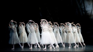 A scene from Giselle by The Royal Ballet @ Royal Opera House. Marianela Nunez and Rupert Pennefather. (Opening 13-01-11) ©Tristram Kenton 01/11 (3 Raveley Street, LONDON NW5 2HX TEL 0207 267 5550 Mob 07973 617 355)email: tristram@tristramkenton.com